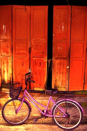Bicycle, Tai O Fishing Village, Hong Kong, photo